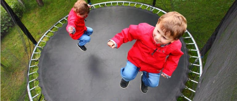 trampolin-kinder