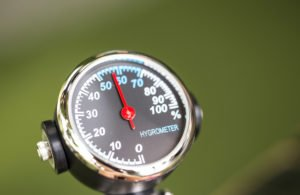hygrometer-in-tests