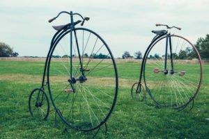 Fahrrad mit großem Vorderrad